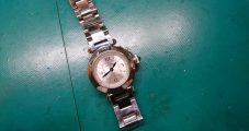 時計修理 カルティエ パシャ 電池交換