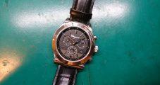 時計修理 フェラガモ クロノグラフ 電池交換