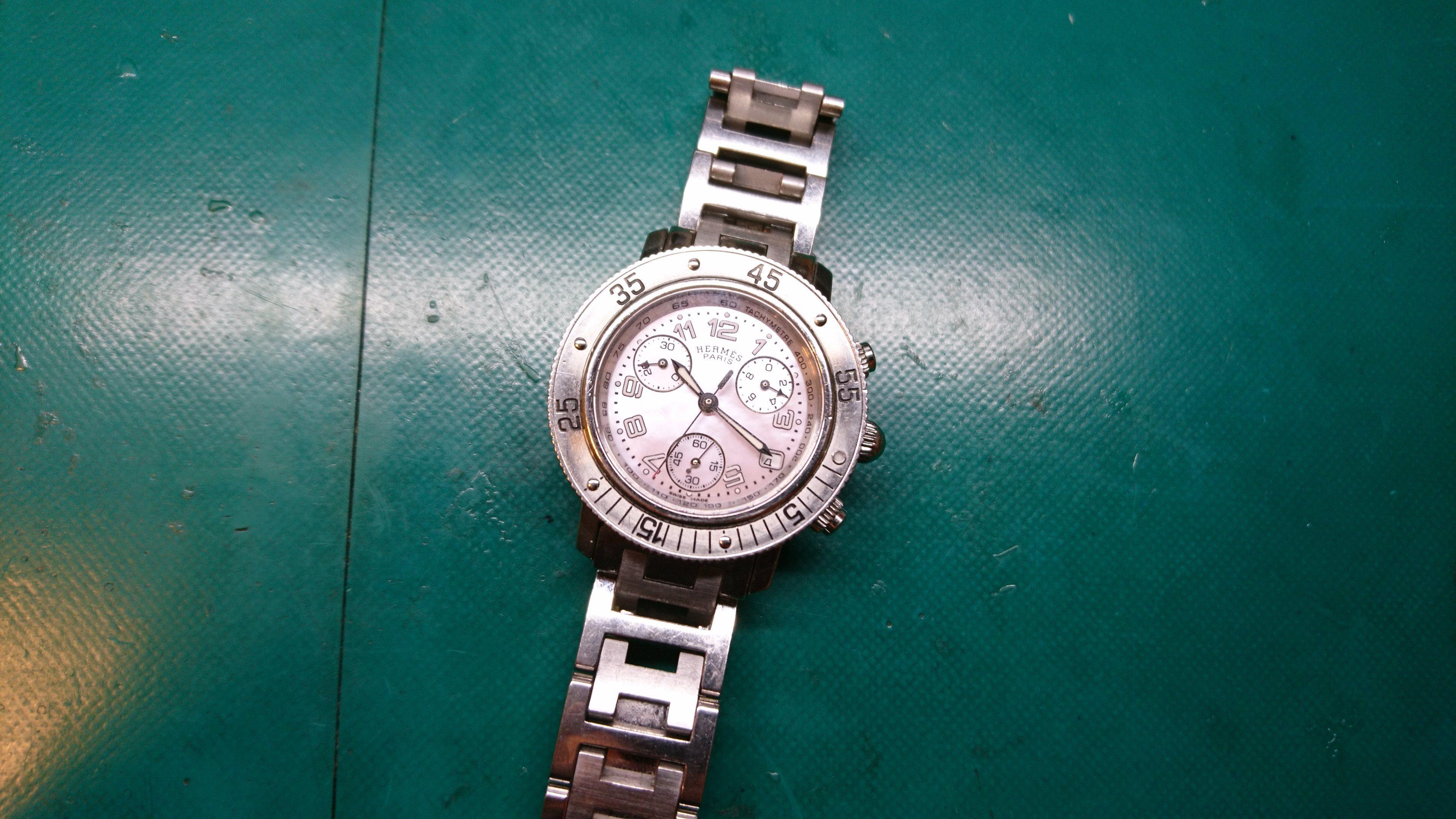 時計修理 エルメス クロノグラフ 電池交換